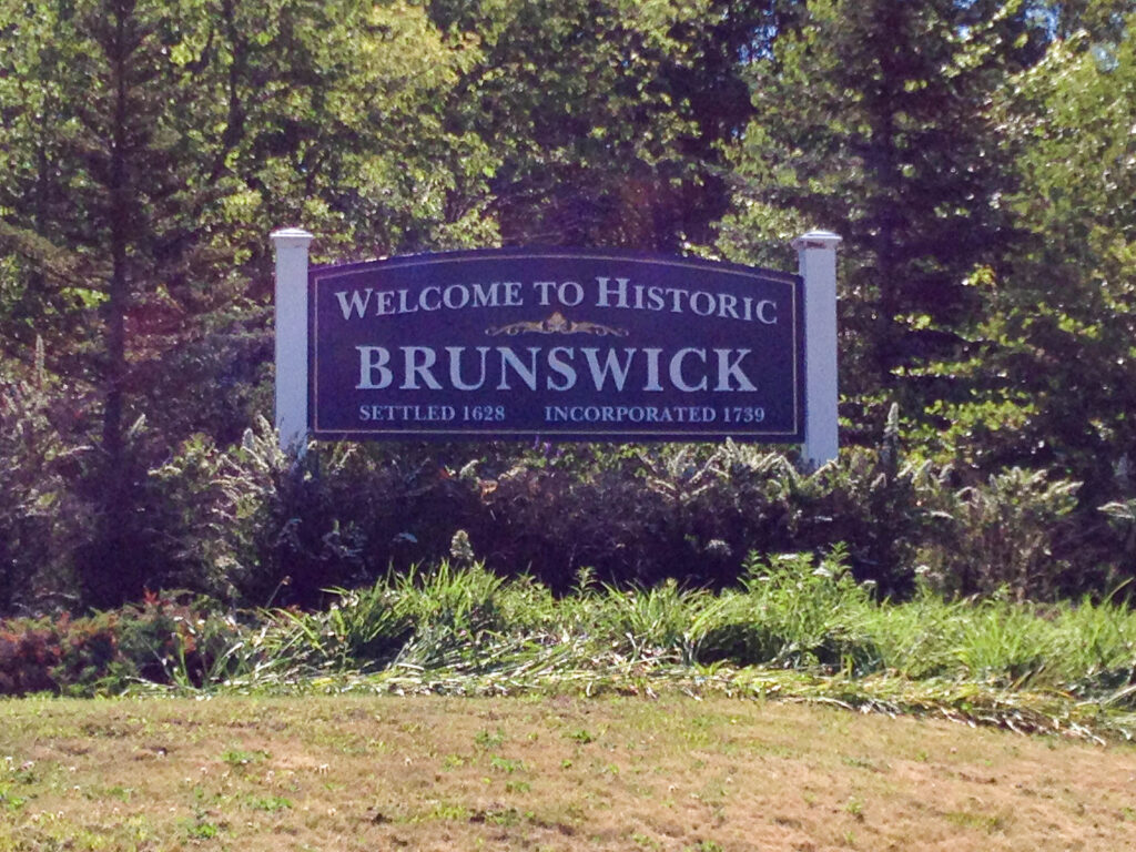 Brunswick Welcome sign